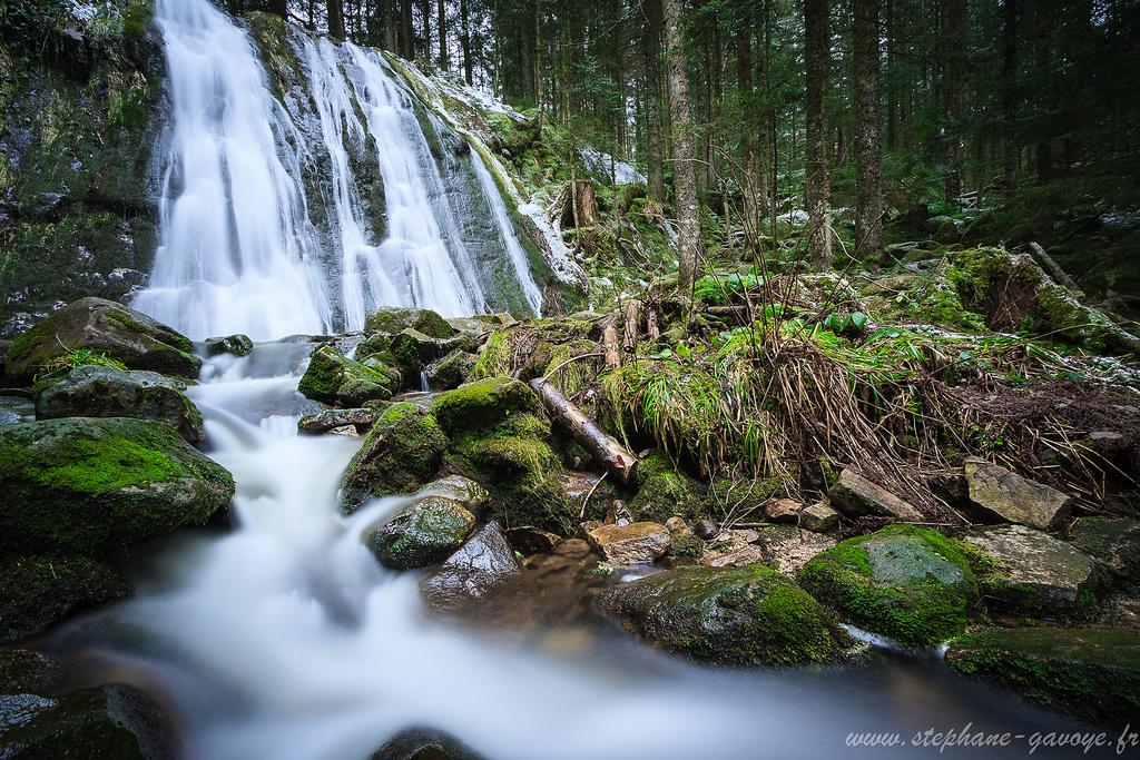 Cascade de la pissoire haut du t t st phane gavoye - Image de cascade ...